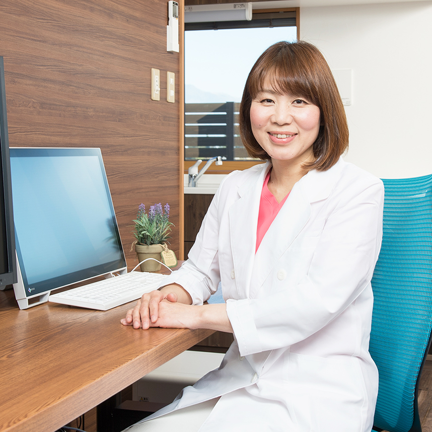 clinic-director-momose-2
